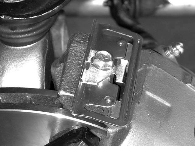 Caliper clip orientation